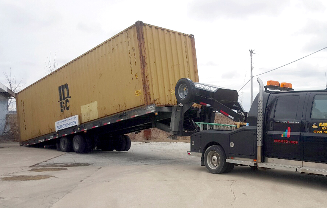 Mobile storage container delivery